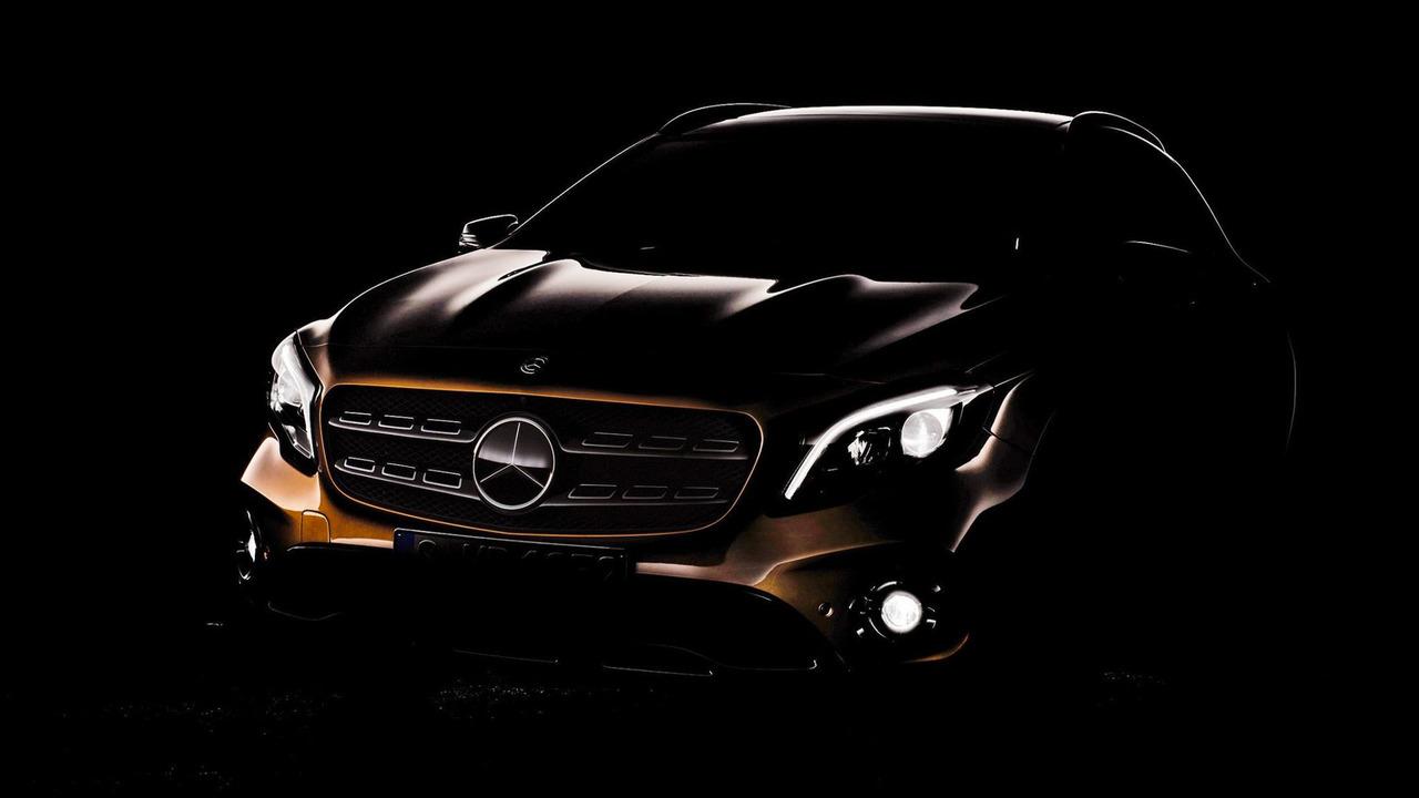 2018 Mercedes GLA makyaj teaser