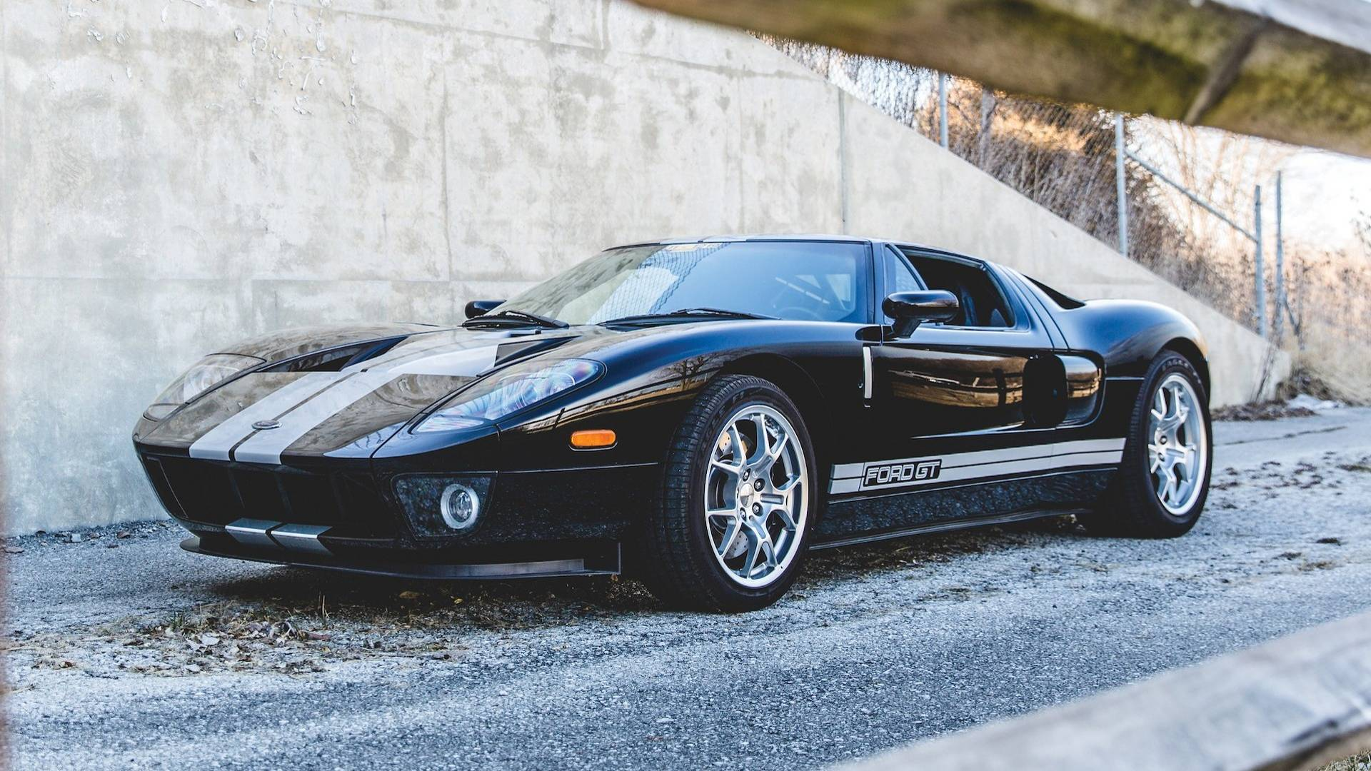 Ford Ford Auction >> Auction Bound 2006 Ford Gt Has Driven Just 3 800 Original Miles