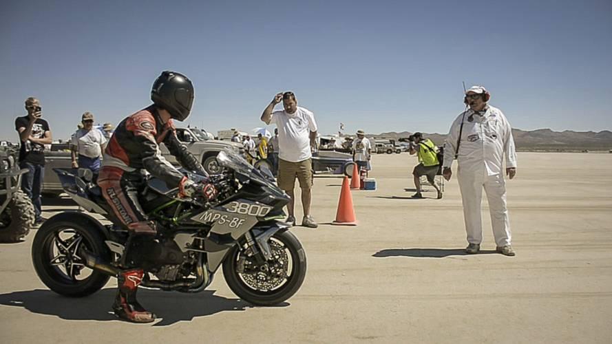 VIDEO: Kawasaki H2R Spotted Land Speed Racing at El Mirage