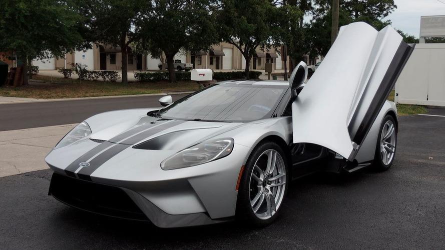 Ismét áll a bál egy Ford GT körül,  most 1.8 millió dollárt adtak érte egy árverésen