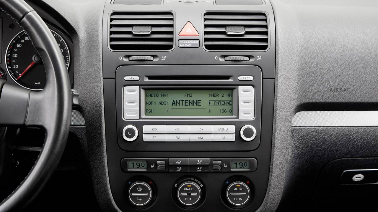 tune in to see how the vw golf 39 s radio has evolved over. Black Bedroom Furniture Sets. Home Design Ideas