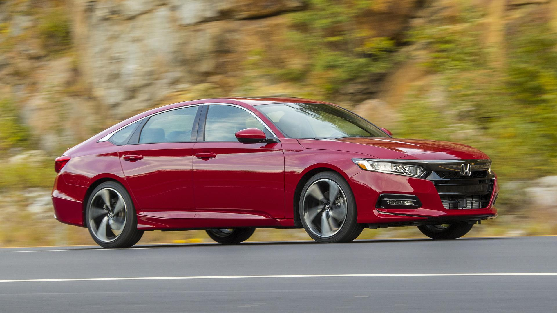 2018 Honda Accord Sedan >> Honda Accord News And Reviews Motor1 Com