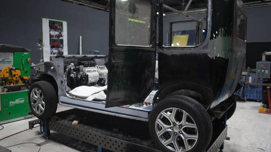 Mitsubishi Model A com motor de Outlander PHEV