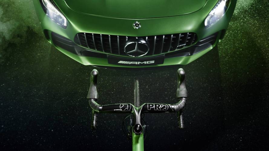 Mercedes-AMG GT R Racing Bike