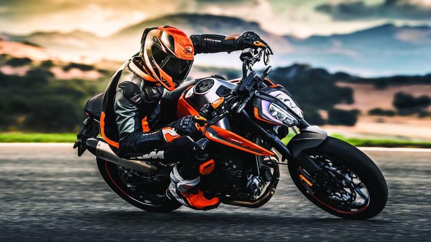 KTM presentó sus novedades y la moto del Dakar 2018 en el EICMA