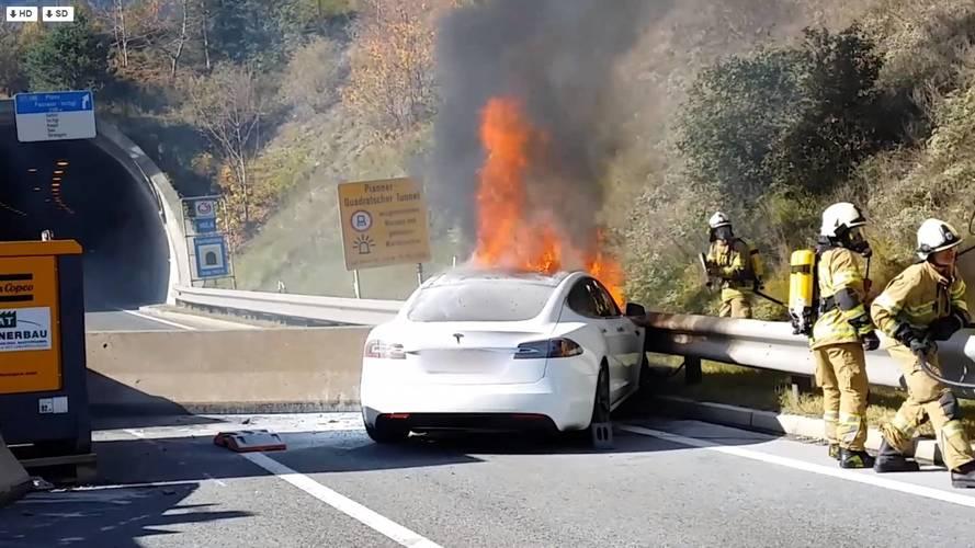 Tesla se retire d'une enquête qui implique son système Autopilot
