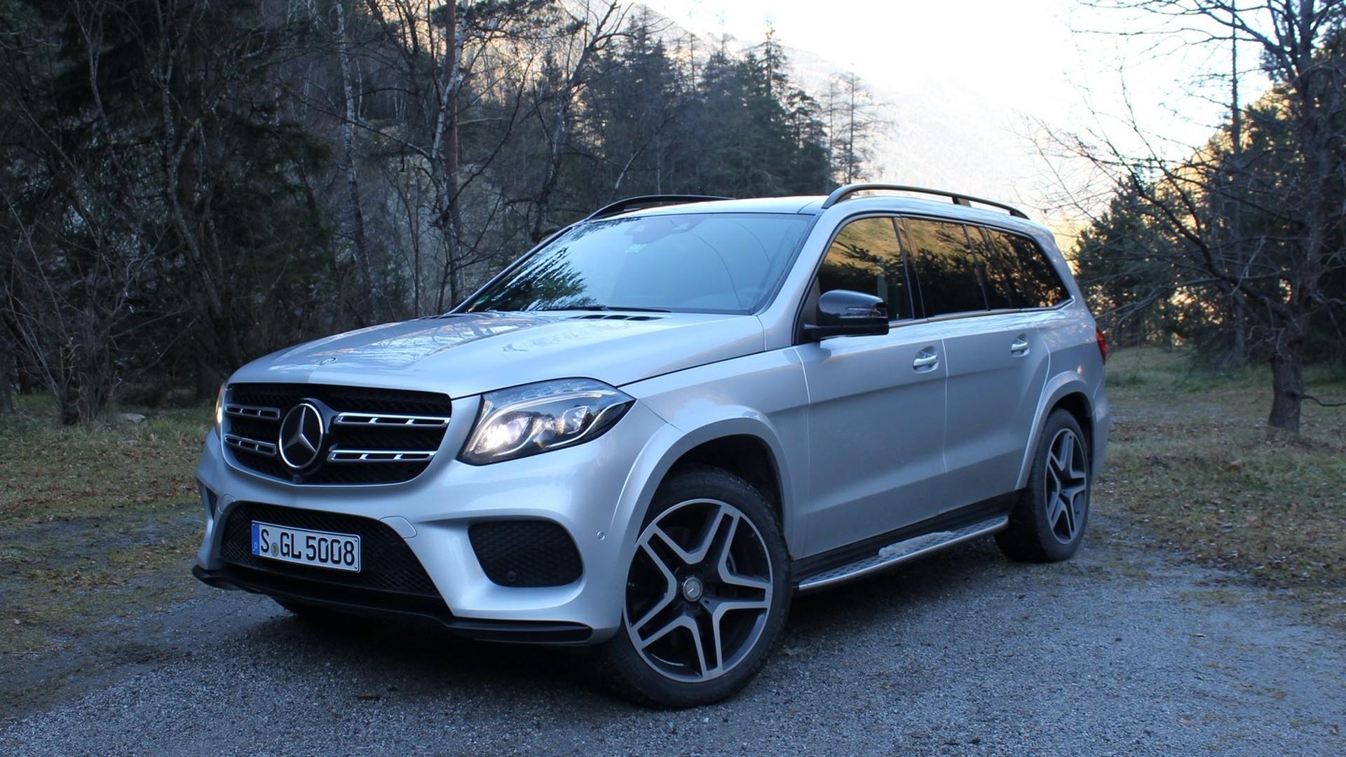 Mercedes Benz Gls >> First Drive 2017 Mercedes Benz Gls