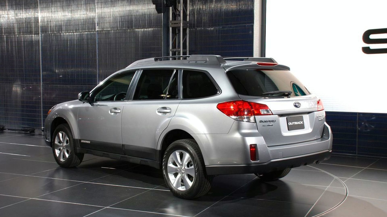 2010 Subaru Outback at New York Auto Show 2009