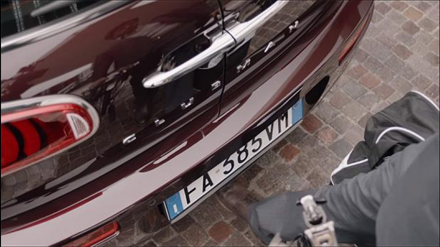 MINI Clubman, come funziona l'Easy Opener [VIDEO]