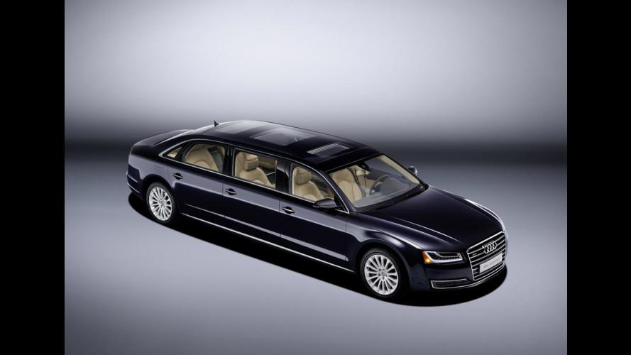 Audi A8 L extended, l'ufficio mobile esagerato