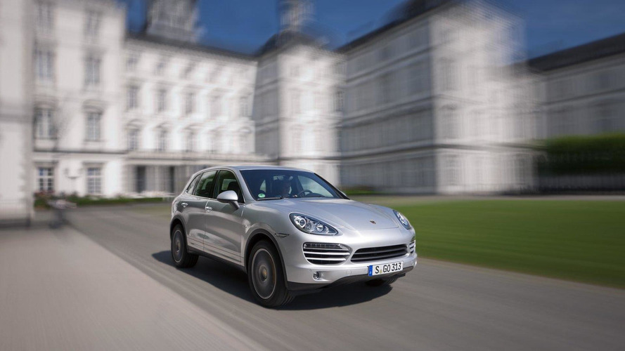 Porsche Cayenne e-Hybrid coming in 2014 - report