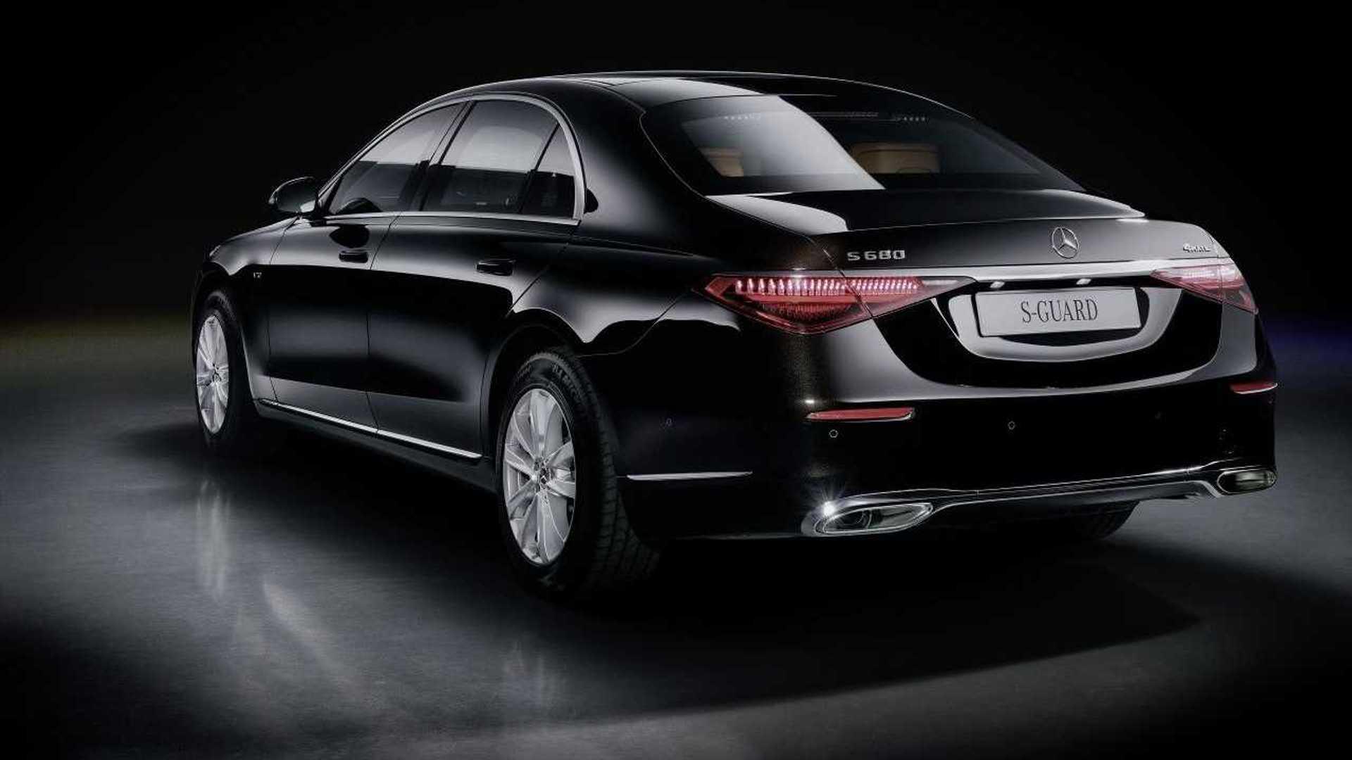 Mercedes presenta su nuevo tanque para Jefes de Estado 6
