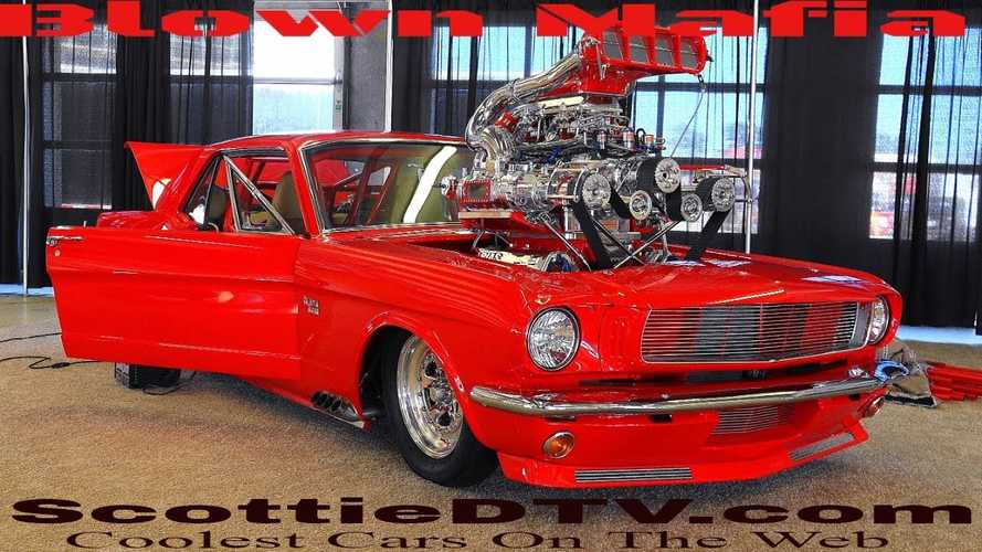 Ez az 1965-ös Mustang lehet, hogy kicsit felbosszantja a Ford és Chevy rajongókat