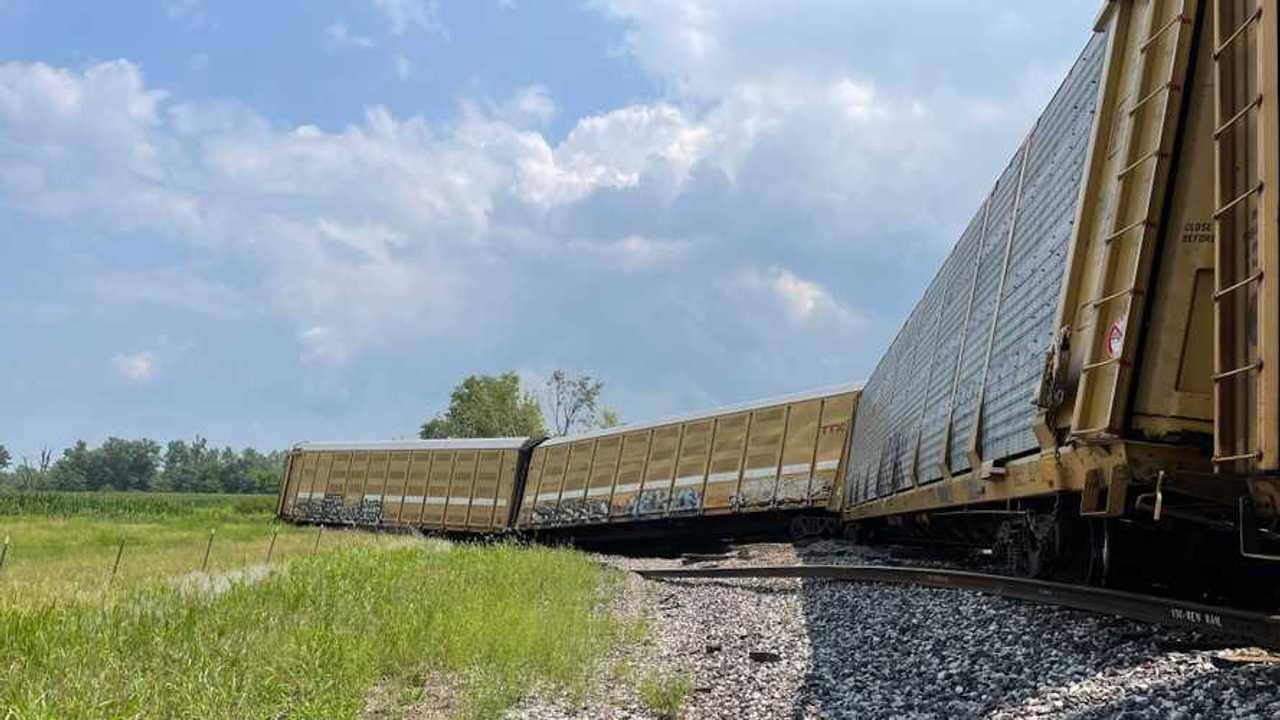 Derailed train in Missouri