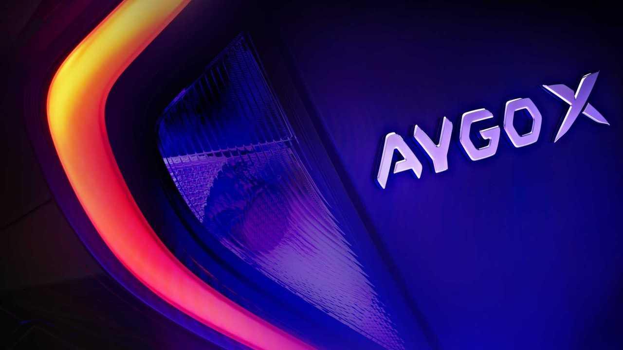 Тизер Toyota Aygo X
