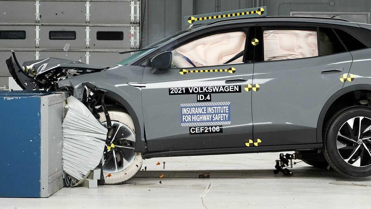2021 Volkswagen ID.4 IIHS Crash Test: Moderate overlap