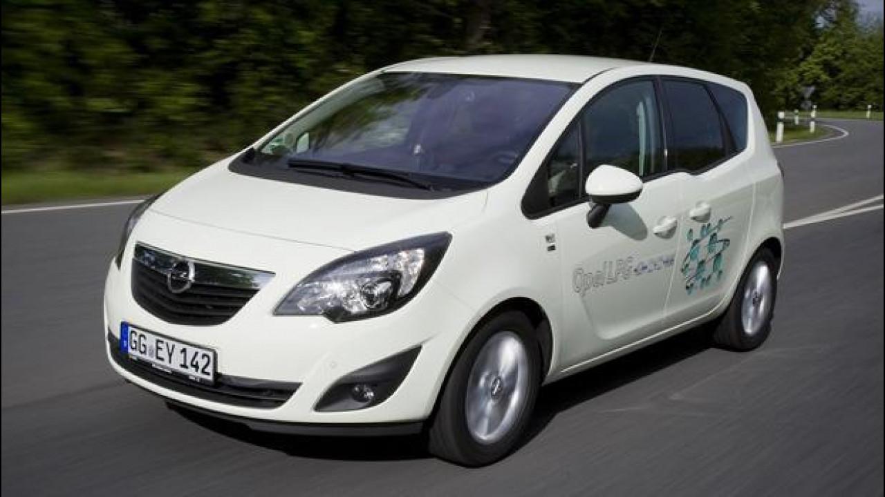 [Copertina] - Opel mette il turbo al gas