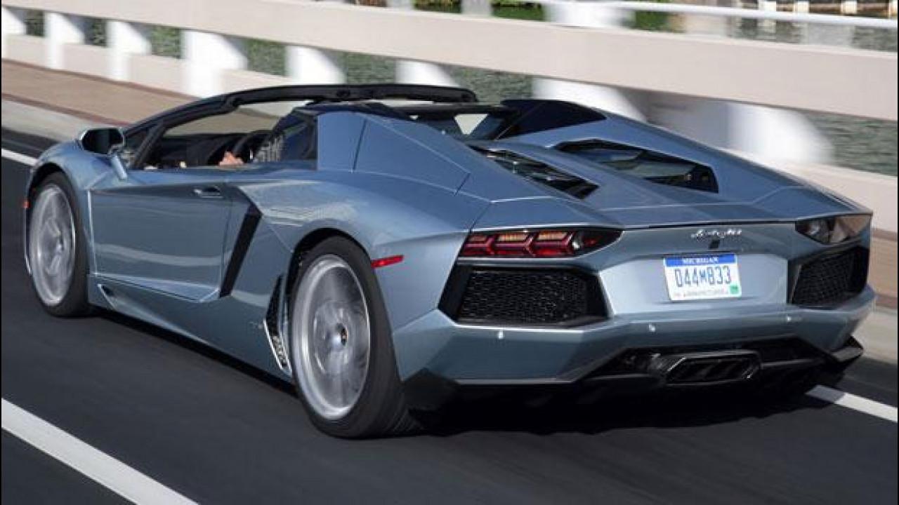 [Copertina] - Lamborghini Aventador LP 700-4 Roadster indossa Pneumatici P Zero