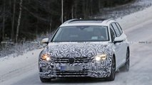 2019 VW Passat Variant spy photos