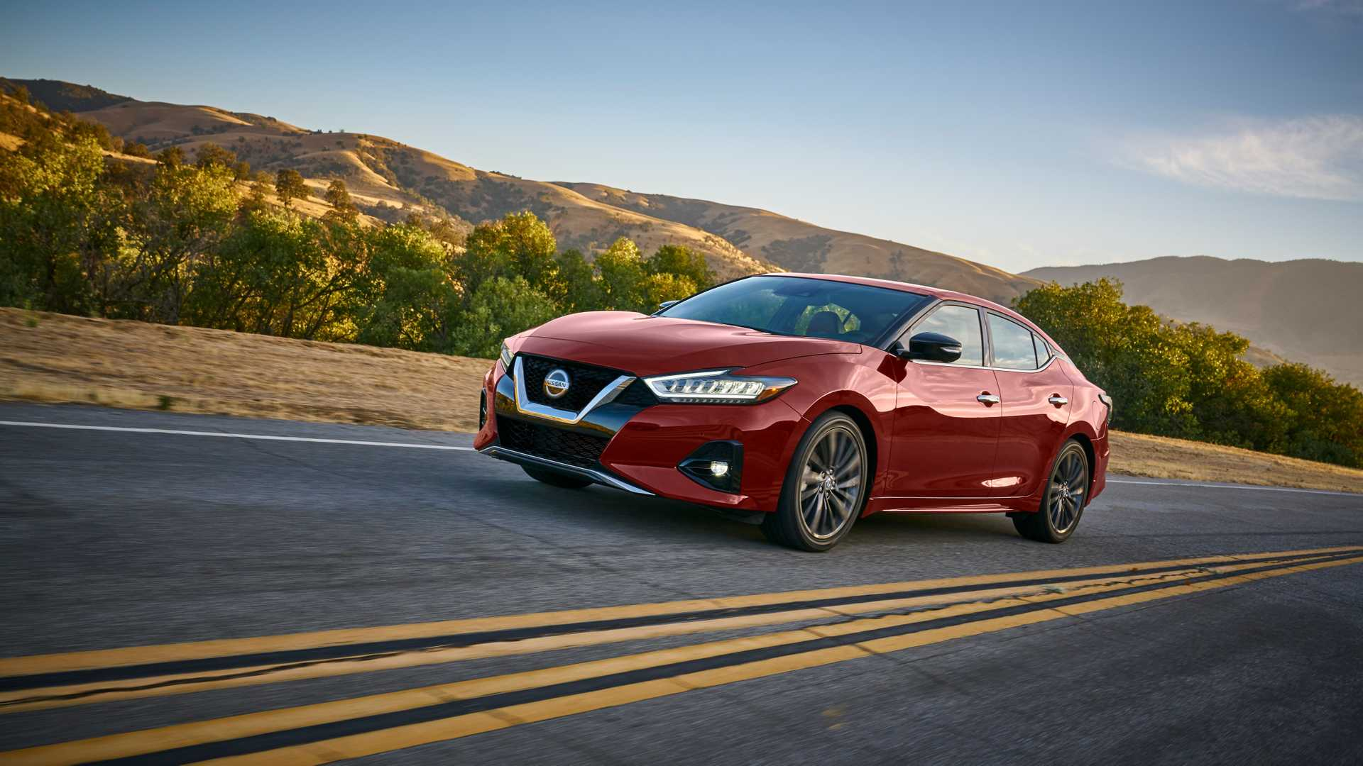 2019 Nissan Maxima Gets Sharper Safer For L A Debut
