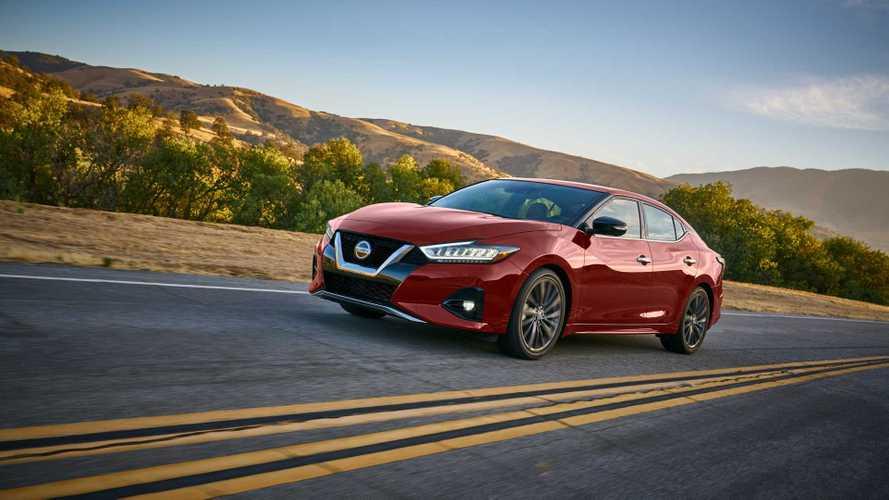 Nissan Maxima recebe facelift e novos equipamentos na linha 2019