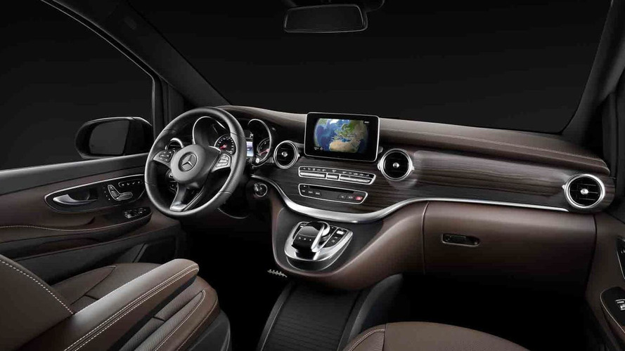 2014 Mercedes-Benz V-Class interior officially revealed