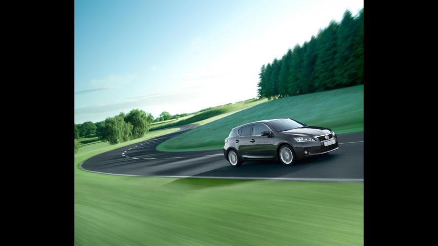 Dal 2011 la nuova Lexus CT200h avrà plastiche ecologiche