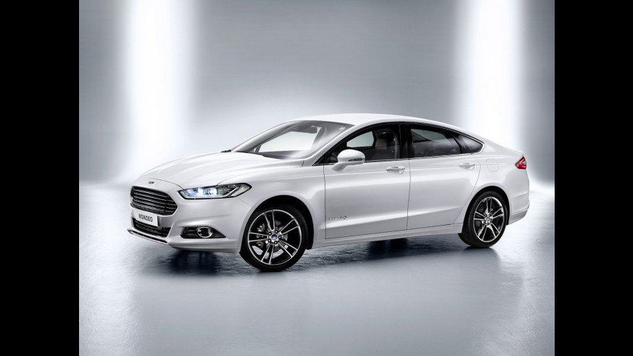 Nuova Ford Mondeo, le prime immagini della quarta generazione