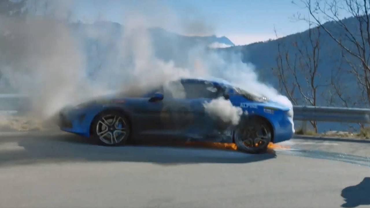 Alpine A110 catches fire