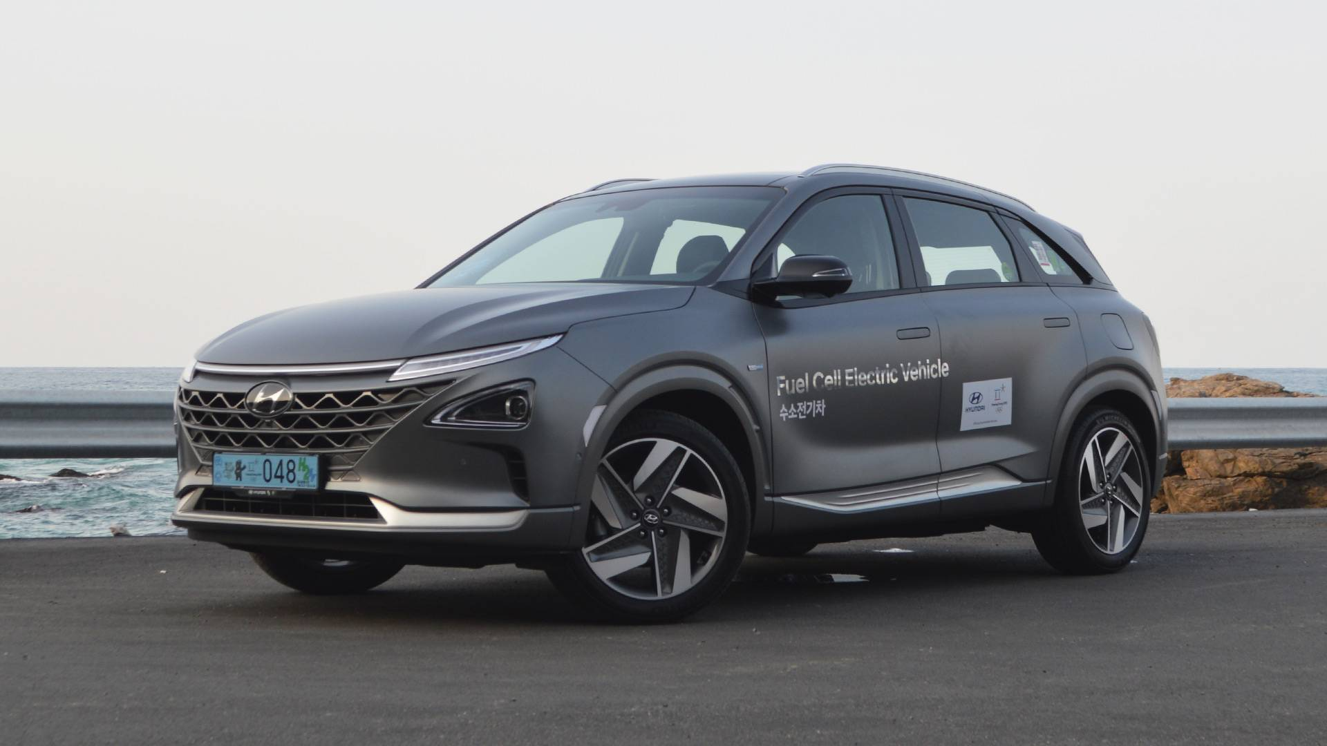 2019 hyundai nexo first drive hydrogen cars are real and really good rh motor1 com