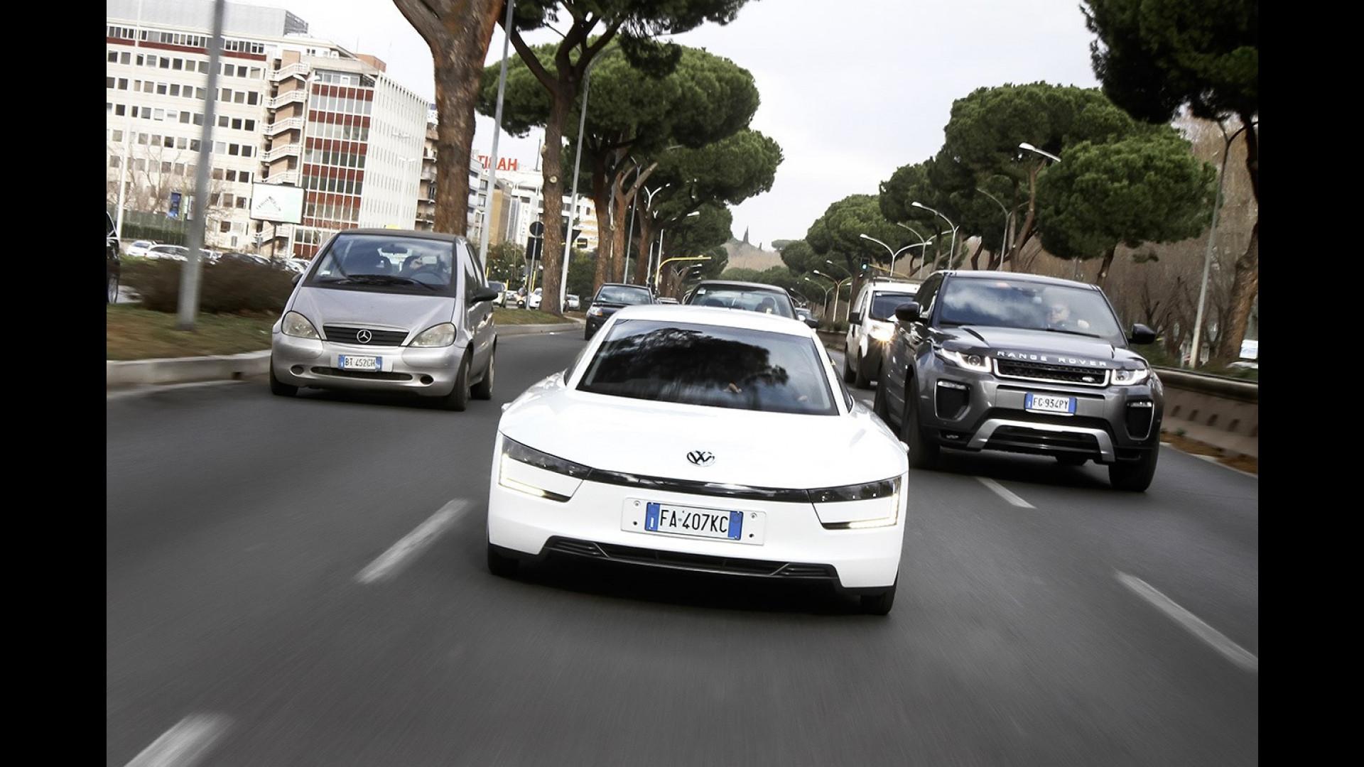 Volkswagen Xl1 Su Strada Verso Il Futuro Video