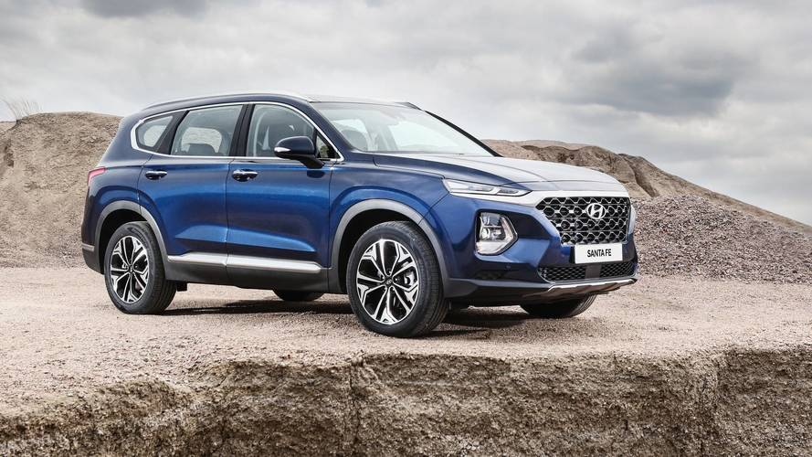 2019 Hyundai Santa Fe Debuts Handsome Look, Diesel Engine [UPDATE]