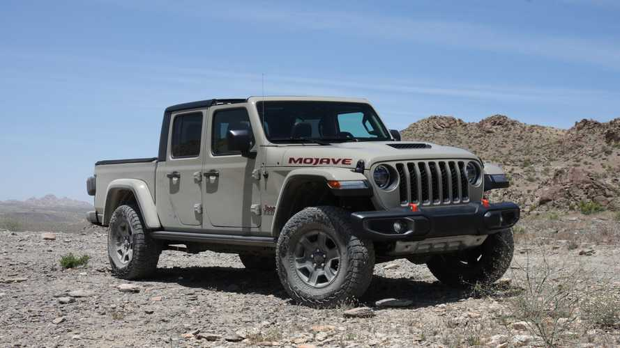2020 Jeep Gladiator Mojave Desert Off-Roading