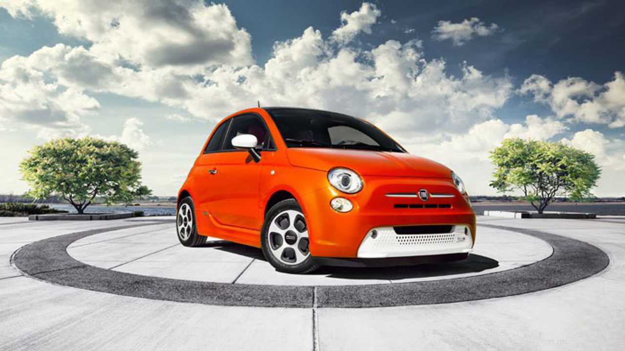 Fiat распродаст подержанные электрокары 500e задешево