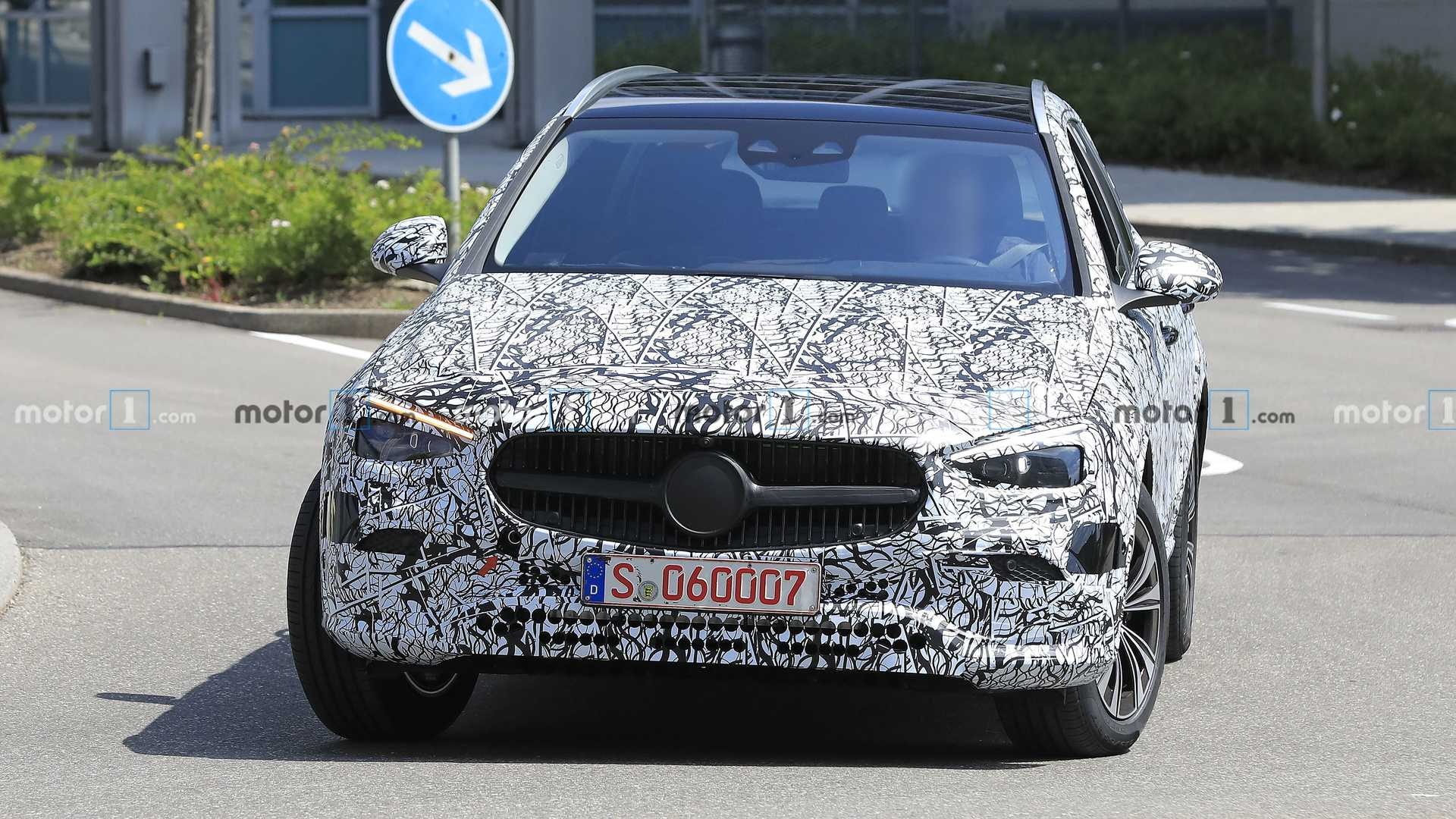 2021-mercedes-c-class-estate-spy-photo-u