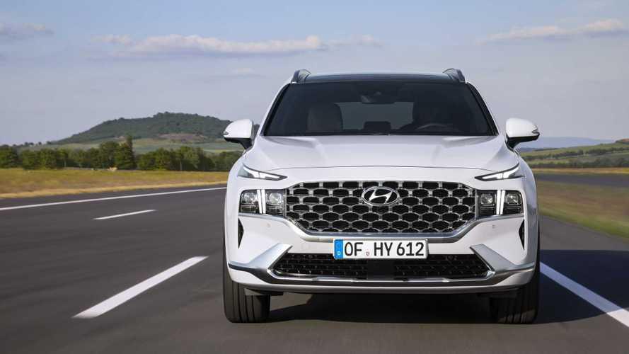 Hyundai рассказала о моторах радикально обновленного Santa Fe
