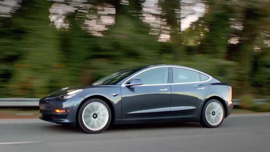 Илон Маск раскрыл сроки выпуска доступной Tesla Model 3