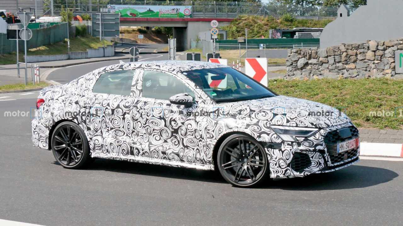 Audi RS3 Limousine Spion Foto