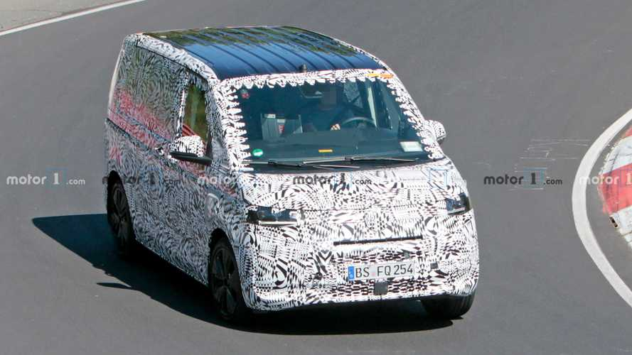 Photos espions du VW T7 PHEV