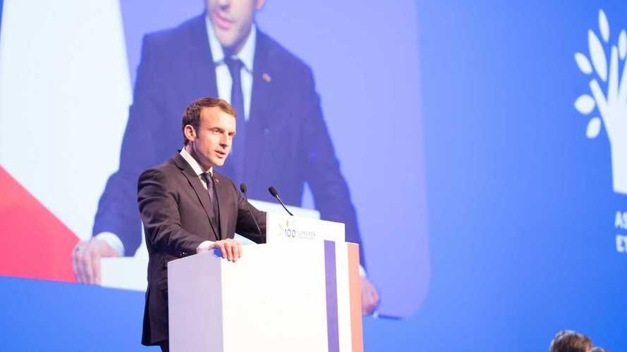 Ecco il piano Macron per rendere la Francia leader dell'auto elettrica