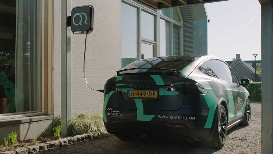 Q-Reel Makes Charging Your Electric Car A Lighter, Easier, More Automated Job
