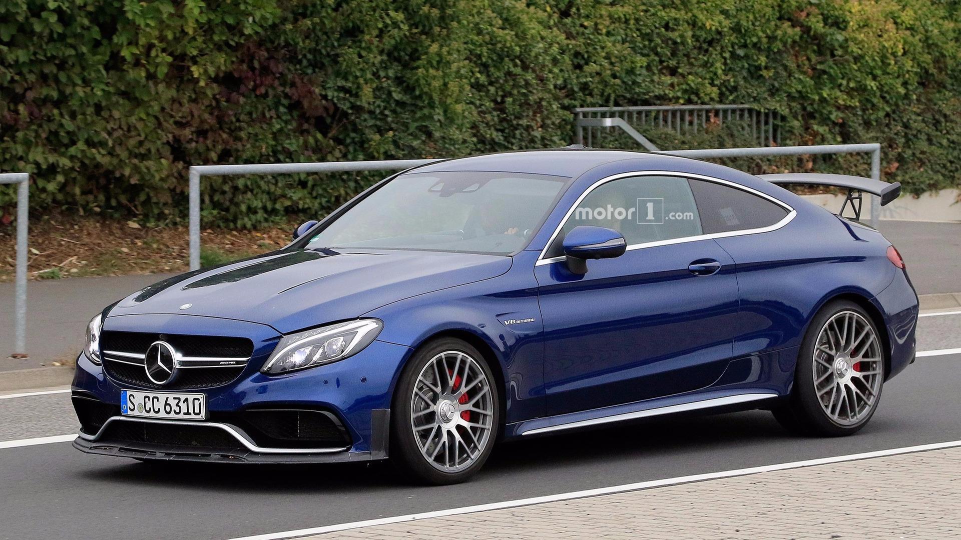 C63 Amg Coupe >> Mercedes Amg C63 With All Wheel Drive Ruled Out This Generation