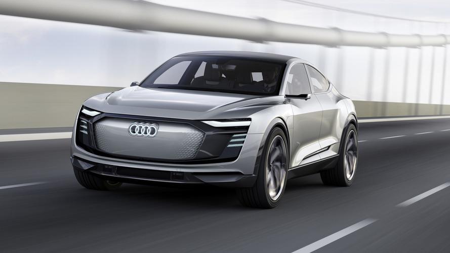 Közel 500 lóerős teljesítményt és futurisztikus külsőt kapott az Audi E-Tron Sportback