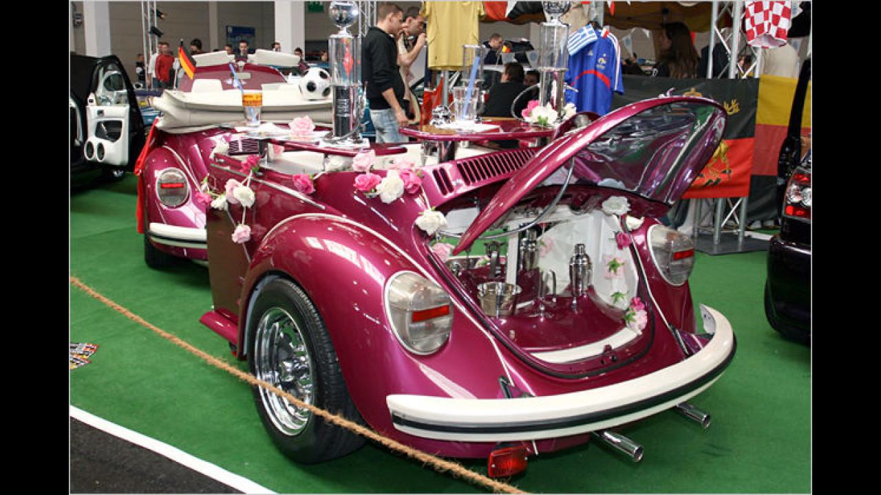 Was passt am besten zu einem VW Käfer? Natürlich ein halber Käfer als Anhänger