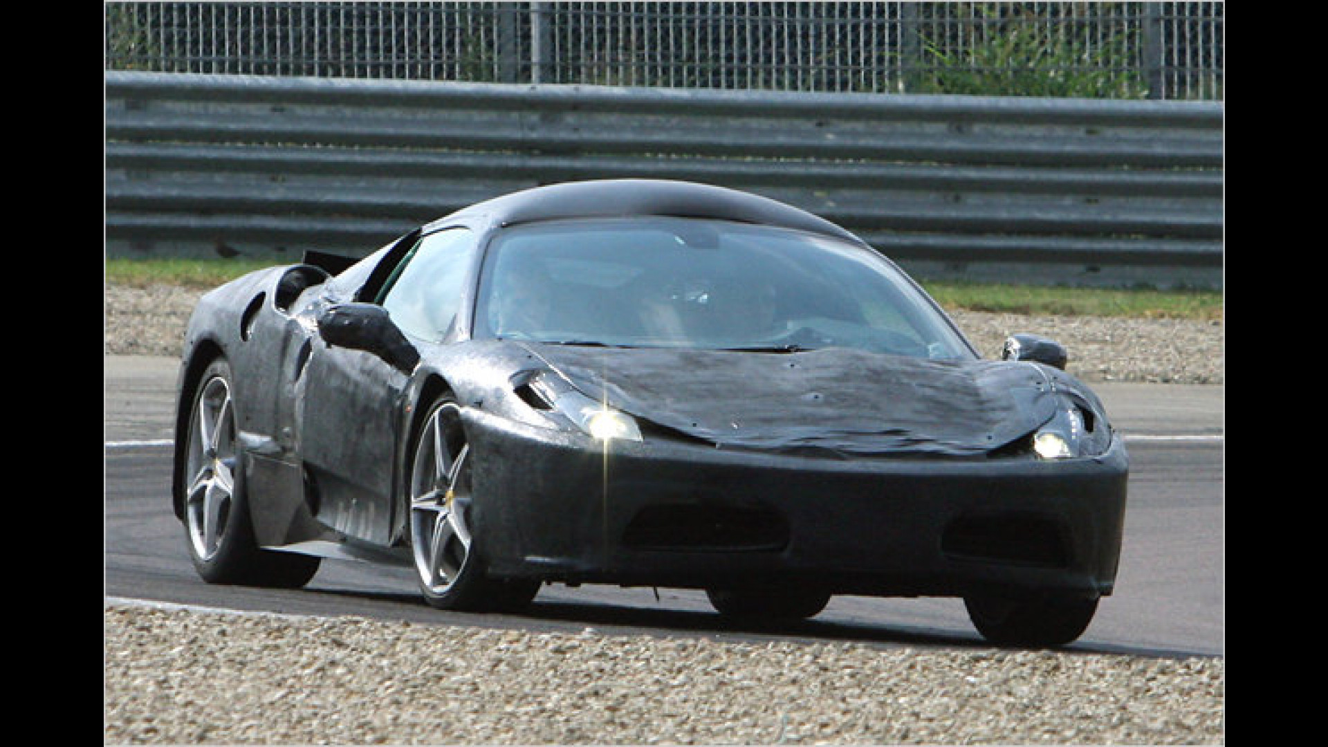 Das Imperium Schlägt Zurück Neuer Ferrari F450 Erwischt