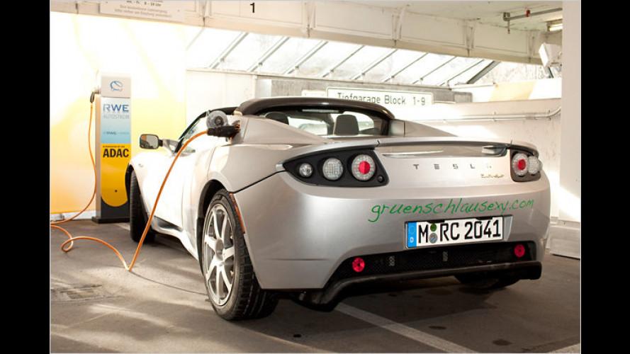 ADAC eröffnet Elektro-Tankstelle in München