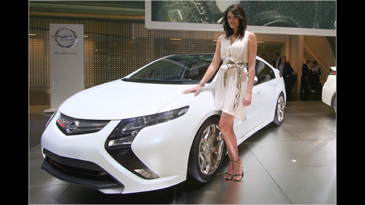 Opel hat wahrlich elektrisierende Exponate mitgebracht