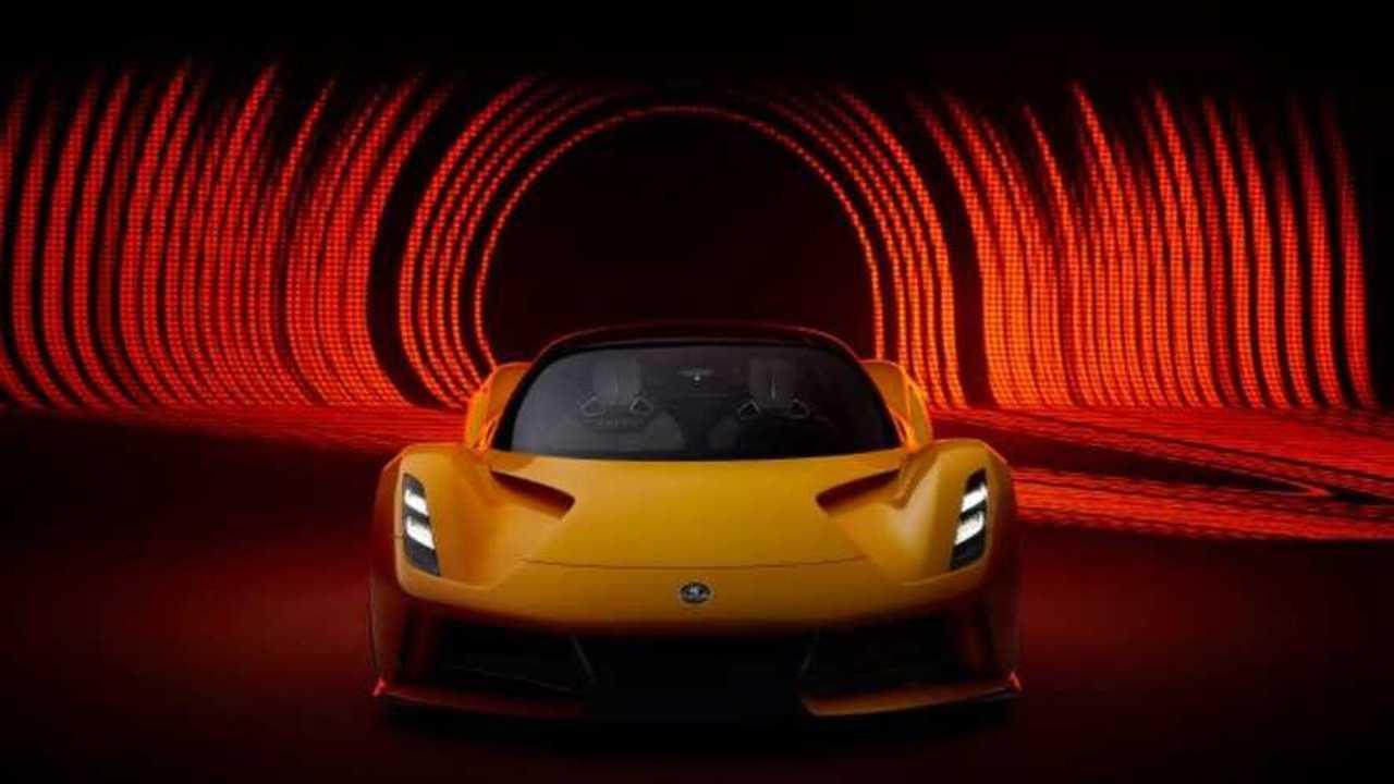 Lotus Evija siap memikat penggemar supercar.