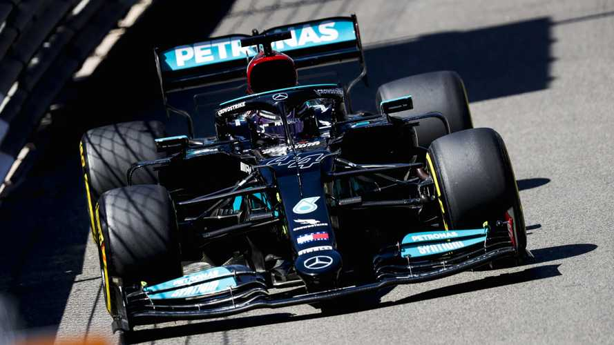 Hamilton to be critical of Mercedes 'behind closed doors'