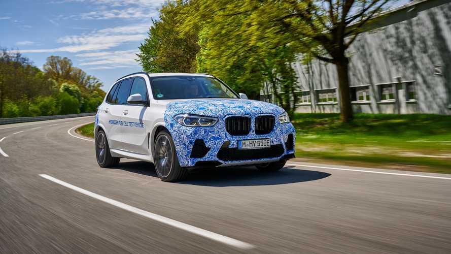 BMW X5'in hidrojenli versiyonu yol testlerine başladı